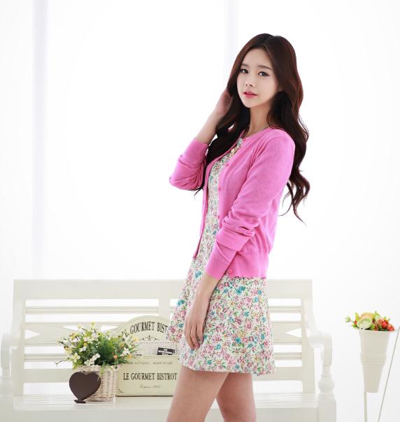 las chicas coreanas han renovado su armario con prendas primaverales