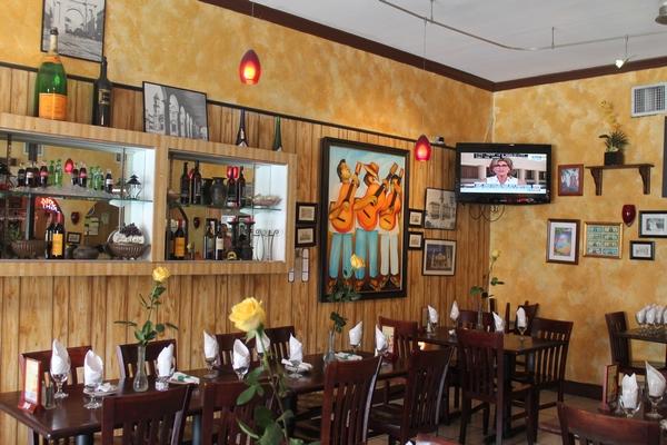 Collins Avenue Miami Beach Restaurant Petit Prix