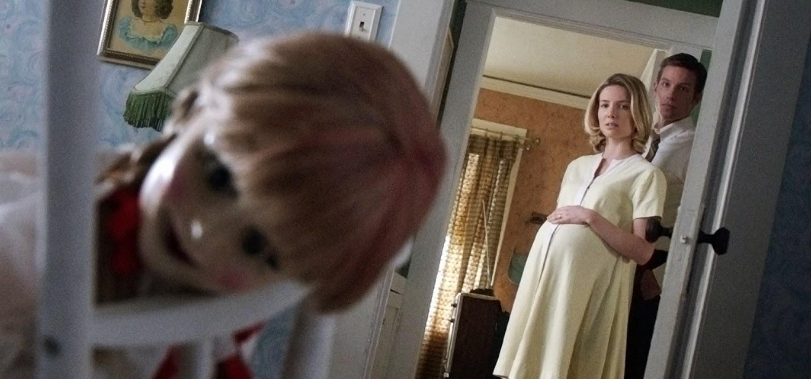 Annabelle assusta o público na Fan Expo do Canadá em promocional inédito do terror derivado de Invocação do Mal