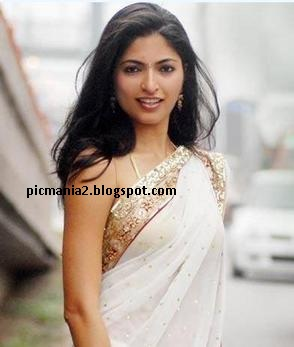 parvathy-omanakuttan-sexy-hot-miss