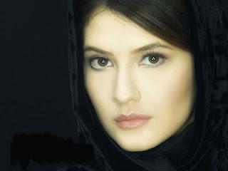 Tamara Bleszynski 10 ARTIS CANTIK INDONESIA YANG MASUK ISLAM