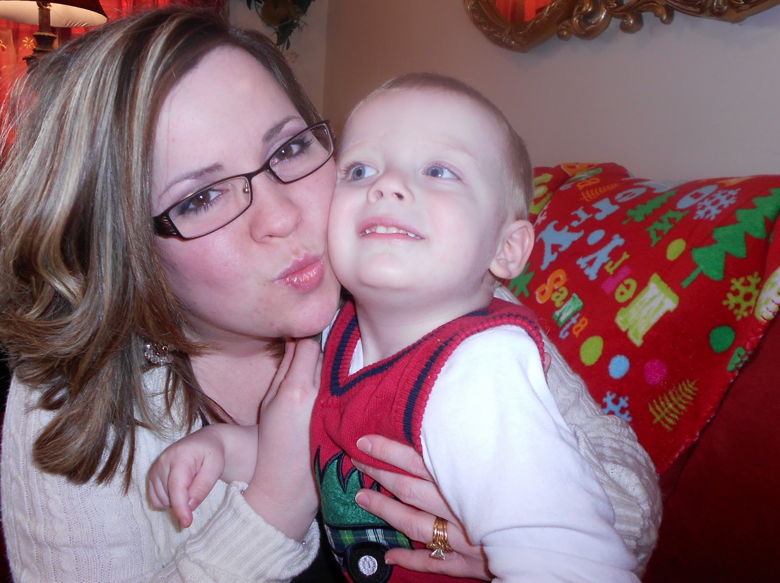 http://1.bp.blogspot.com/-j10y0HbVz-c/Tvf19fWHNvI/AAAAAAAAEPY/KBZR9sciJfo/s1600/Christmas+2011+056.JPG