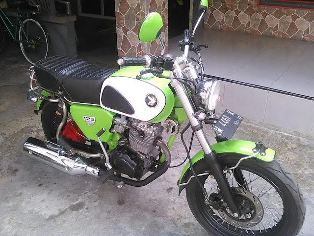 Foto Modifikasi Honda CB Klasik Yang Bikin Asyik