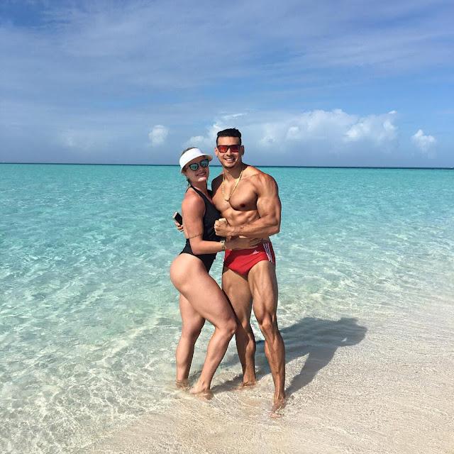 Juju Salimeni ao lado de Felipe Franco em praia paradisíaca nas Bahamas. Foto: Arquivo pessoal