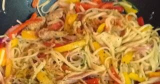 Cajun Chicken Pasta on the Lighter Side | Cocinando con Alena