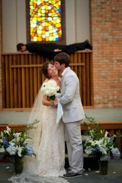 Planking wedding