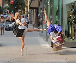 funny+women+in+street.jpg