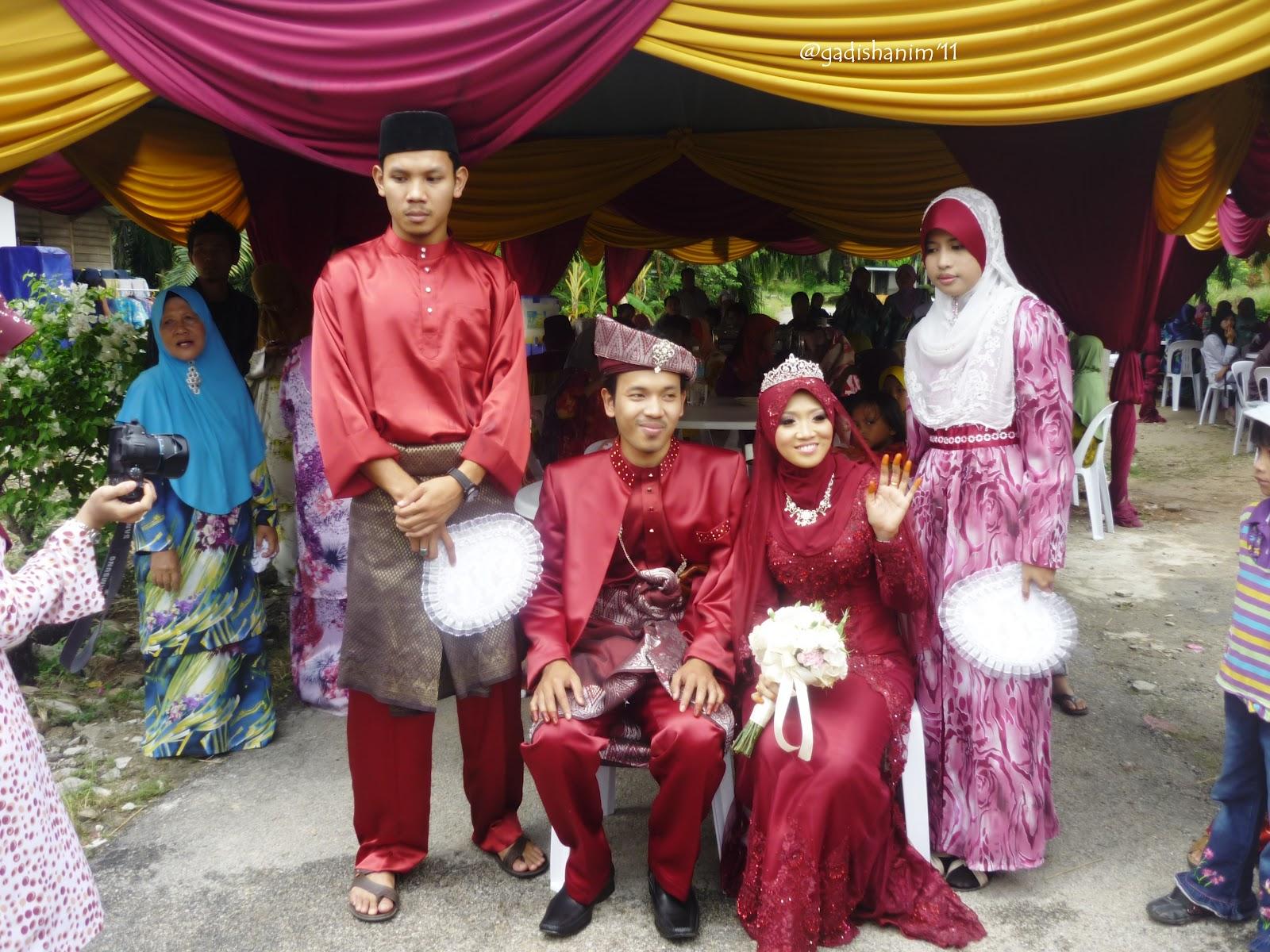 HANIM MAHALI: Bridesmaid