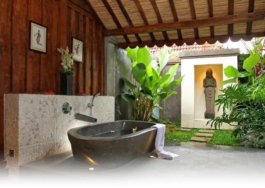 Gaya kamar mandi Jepang adalah tradisi lama bagi rakyat Jepang.