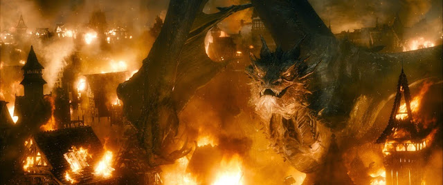 Smaug dragon Hobbit 3 battle of five armies movie still