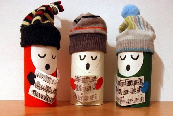 Adornos de navidad con tubos de papel higiénico