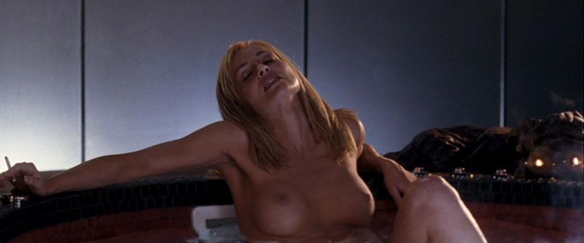 Смотреть эротические сцены шерон стоун — pic 12
