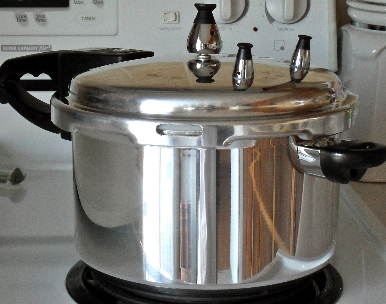 how to use a pressure cooker for the first time