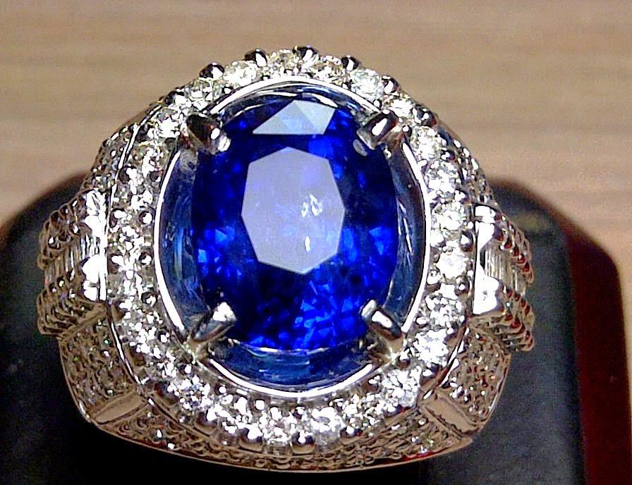 Harga Batu Blue Saphire Ratusan Juta Rupiah