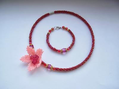 бисер китайский чокер цветок