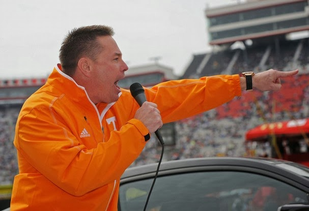 Butch Jones and Frank Beamer to be grand marshals of Food City 500.