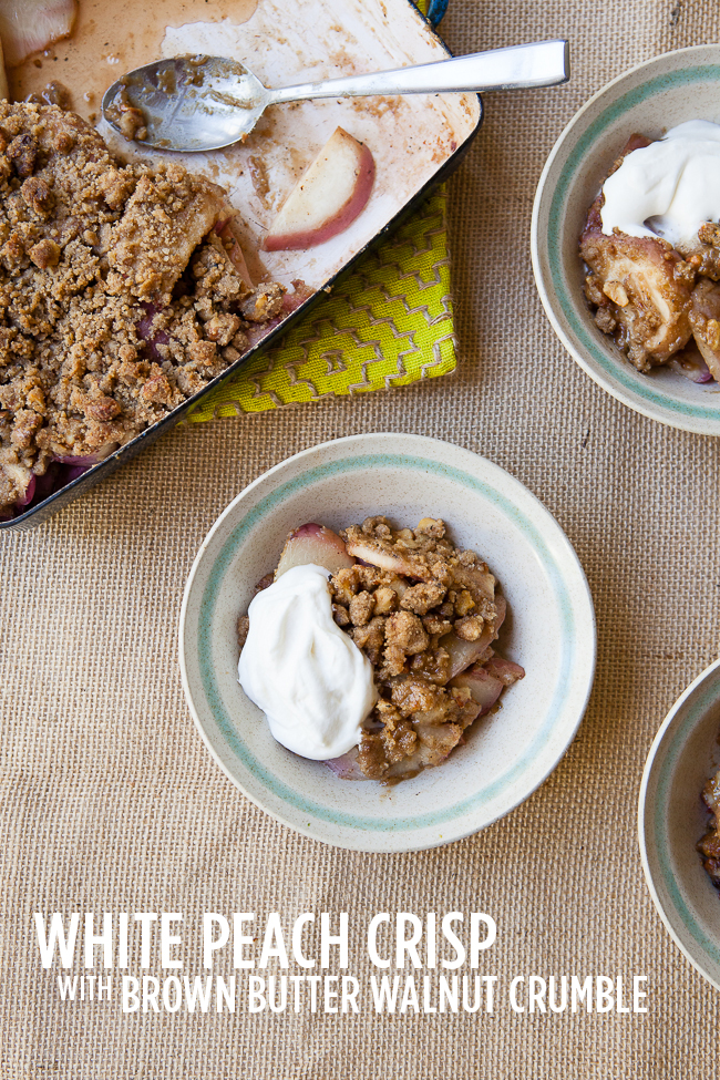 White Peach Crisp with Brown Butter Walnut Crumble / blog.jchongstudio.com