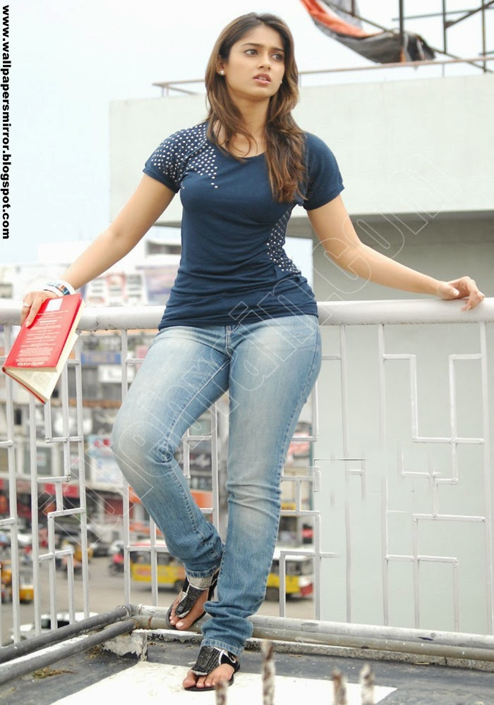 Top 10 ileana d'cruz in jeans