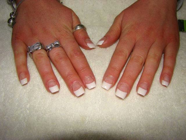 Broken layers of acrylic to acrylic pink and white frenchies-french