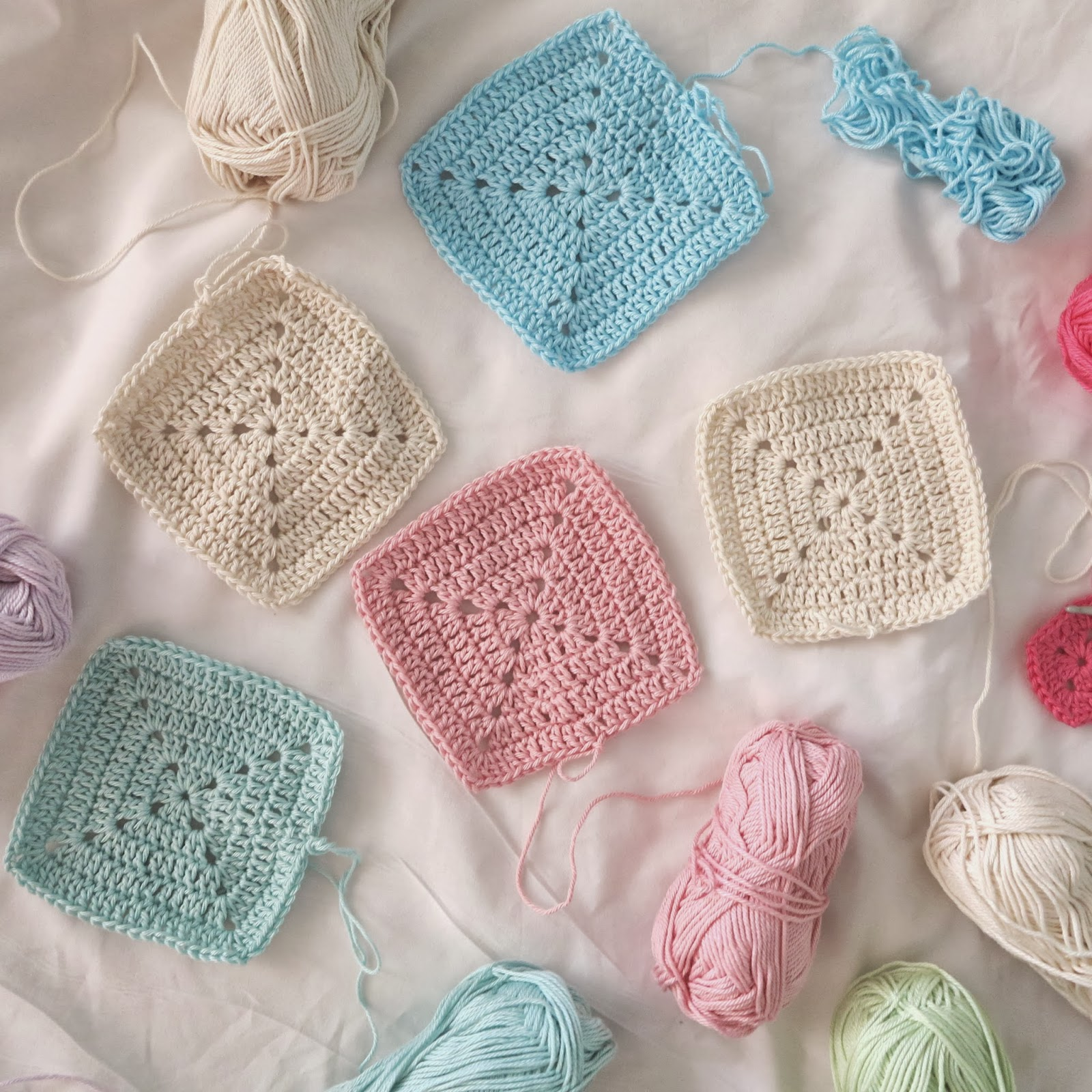 ByHaafner, crochet, solid granny squares, pastel, wip