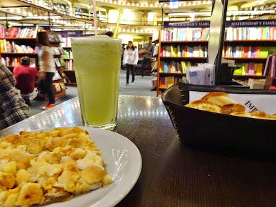 Impresso Café en el Ateneo Grand Splendid