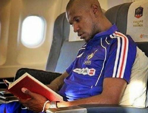 Abidal baca Quran