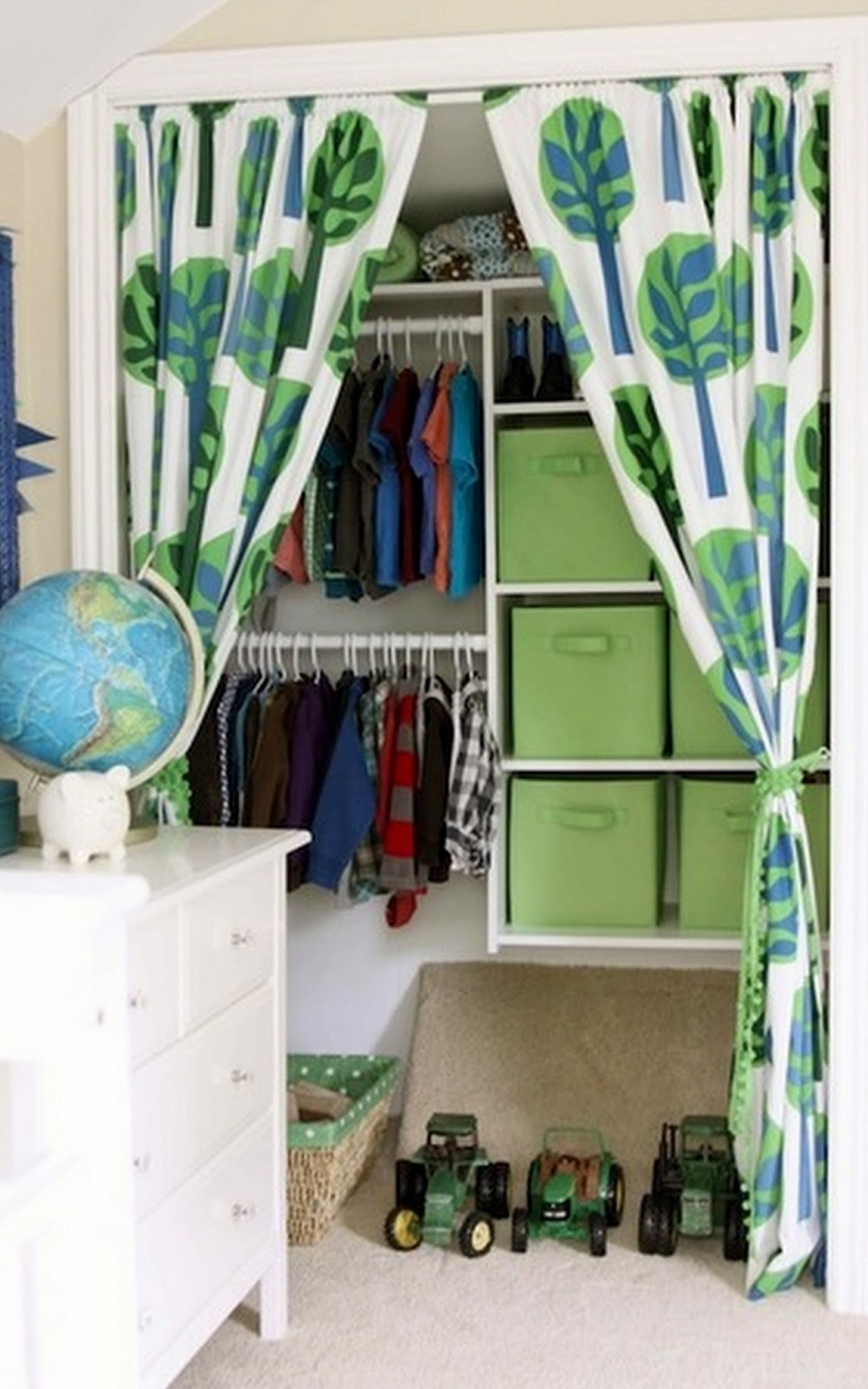 Toques e retoques cortina na porta do arm rio de quarto - Cortinas para armarios ...