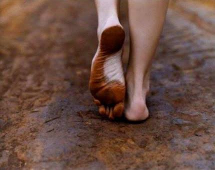 O maior homem que viveu na terra andava de pés no chão