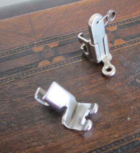 Identification d'accessoires pour des machines à coudre anciennes Zz10