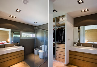 Dressing room and bathroom built in the same space