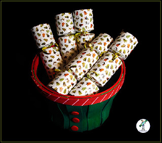 Christmas Crackers with chocolate - Pine Tree & Deer -