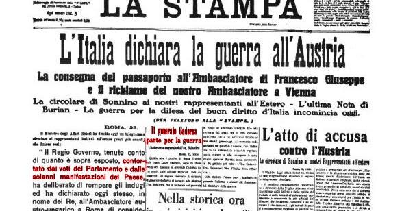 Grande figa matura italiana for Scopa sul divano