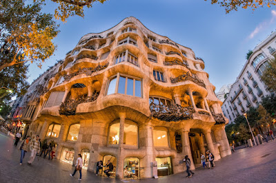 Lima Gedung Dengan Gaya Arsitektur Paling Unik di Dunia