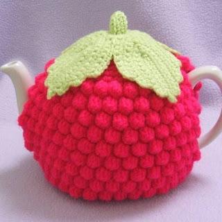 https://tinyinc.wordpress.com/2011/12/30/fabulous-folksy-finds-crochet/