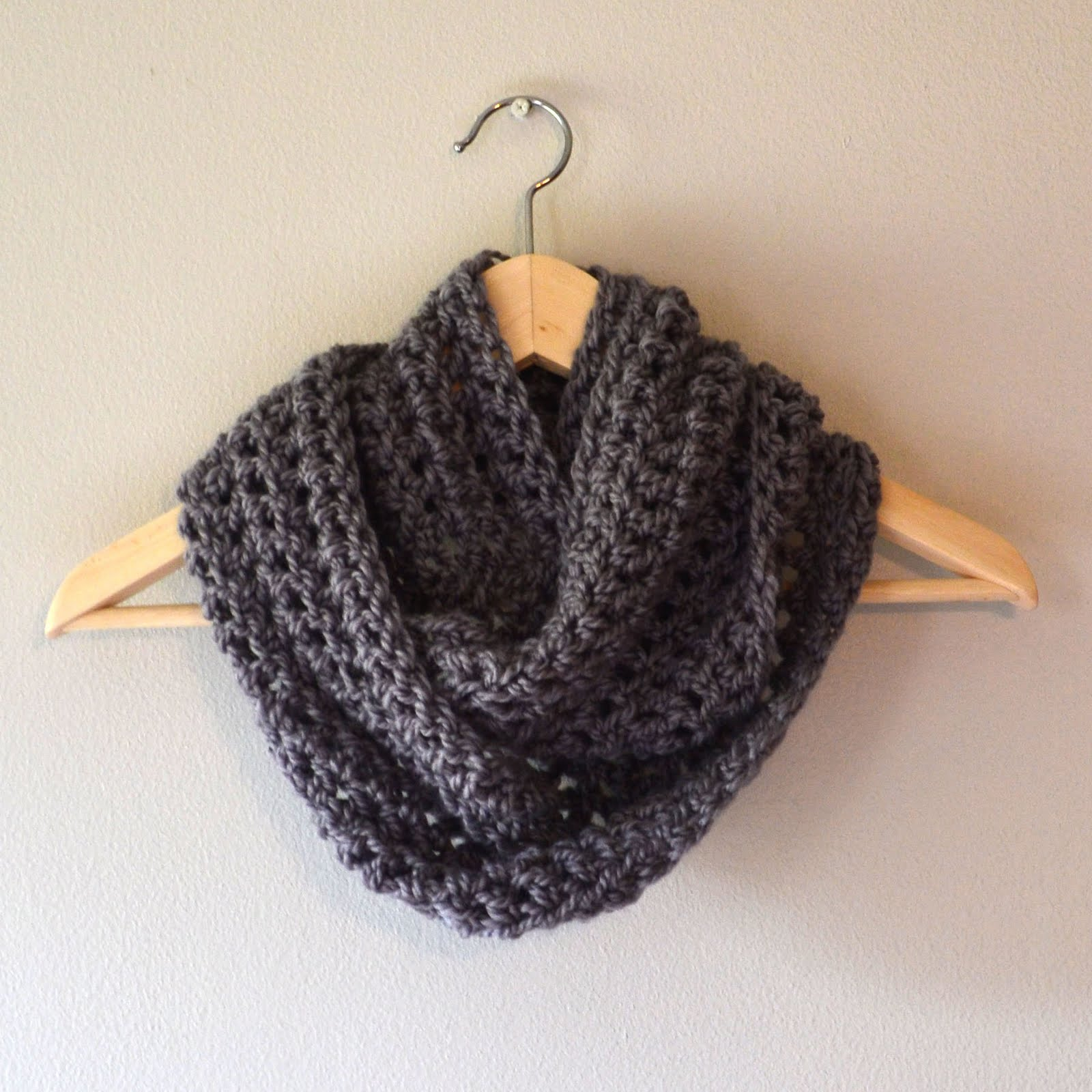 Free Crochet Scarf Patterns For Bulky Yarn : Crochet in Color: Accidental Cowl