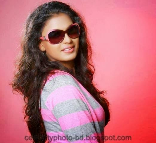 Stunning+Anusree+Hot+Unseen+Private+Pics+Front