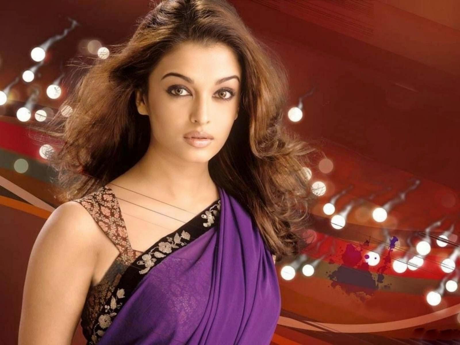 Aishwarya rai sexy wallpaper in saree