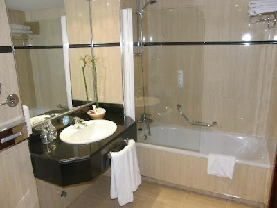 Muebles de baño modernos Imágenes y fotos