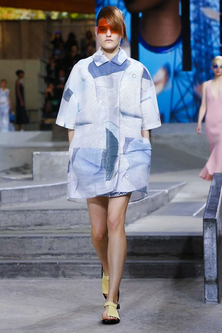 Kenzo spring summer 2015, Kenzo ss15, Kenzo, Kenzo ss15 pfw, Kenzo pfw, sweet kenzo, kenzo tiger, kenzo tigre, Humberto Leon, Carol Lim, pfw, pfw ss15, pfw2014, fashion week, paris fashion week, du dessin aux podiums, dudessinauxpodiums, vintage look, dress to impress, dress for less, boho, unique vintage, alloy clothing, venus clothing, la moda, spring trends, tendance, tendance de mode, blog de mode, fashion blog,  blog mode, mode paris, paris mode, fashion news, designer, fashion designer, moda in pelle, ross dress for less, fashion magazines, fashion blogs, mode a toi, revista de moda, vintage, vintage definition, vintage retro, top fashion, suits online, blog de moda, blog moda, ropa, asos dresses, blogs de moda, dresses, tunique femme, vetements femmes, fashion tops, womens fashions, vetement tendance, fashion dresses, ladies clothes, robes de soiree, robe bustier, robe sexy, sexy dress
