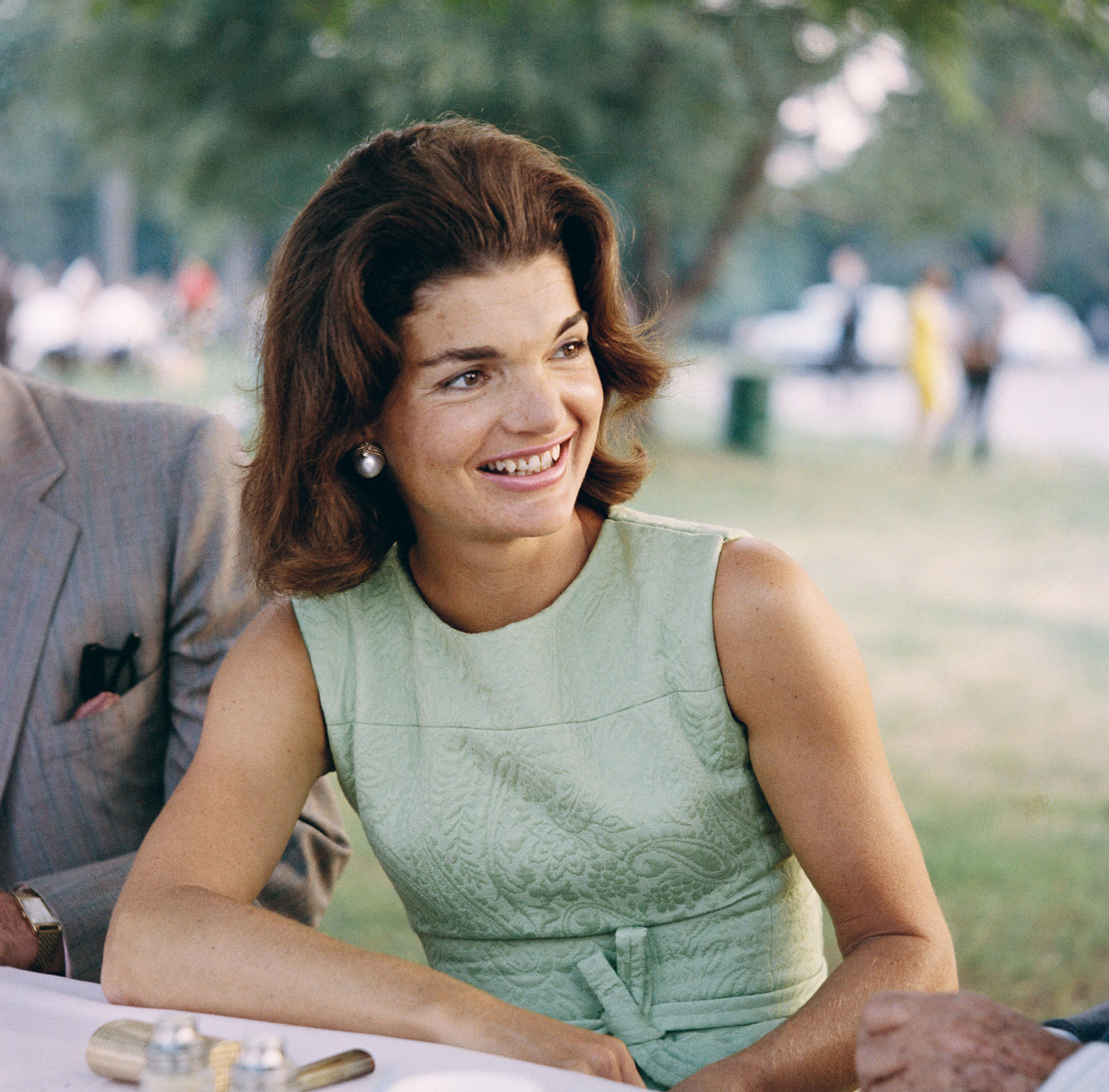 America s Queen: The Life of Jacqueline Kennedy Onassis