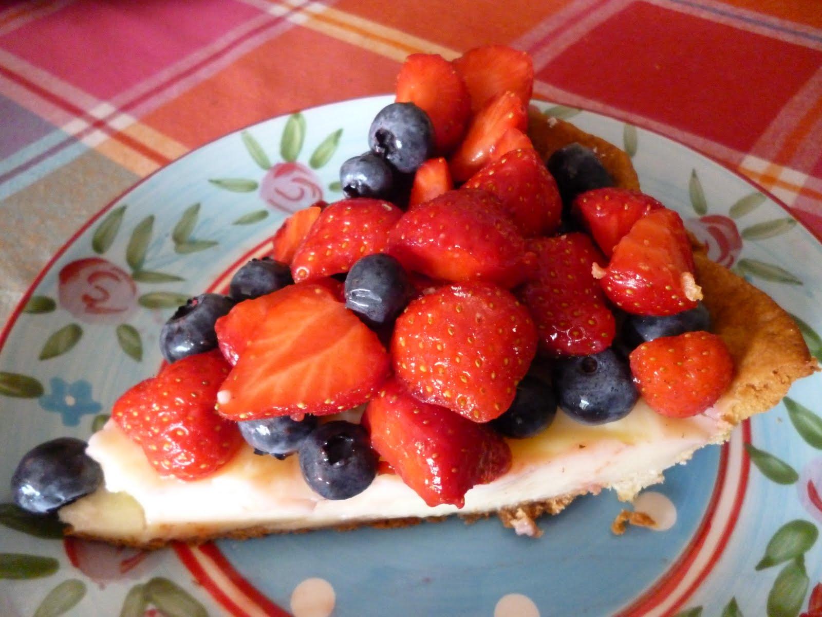 Anne in de keuken: aardbeien blauwe bessen taart
