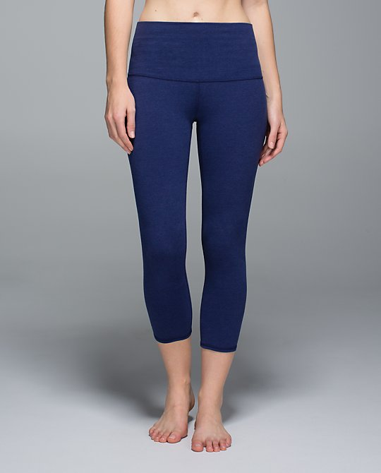 lululemon majestic blue wunder under crop