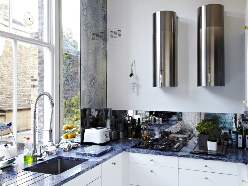 Loveisspeed the south kensington london flat of for Interior designers central london