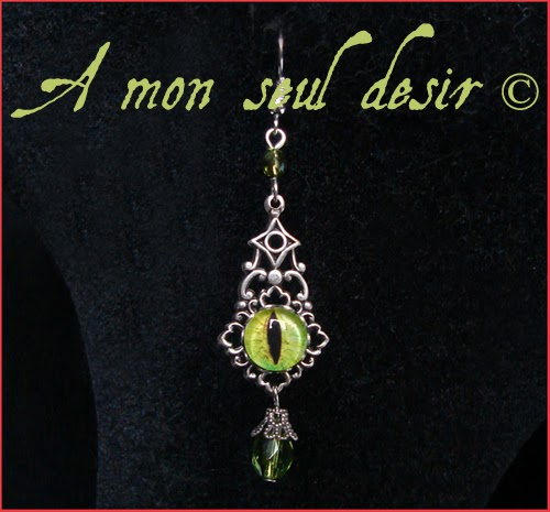 Boucles d'Oreilles gothique oeil de chat yeux bijoux jewels eye cat gothic earring