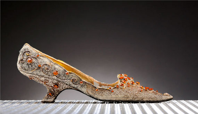 Nick Verreos: Shoe Couture Minute: World's Most Expensive ...