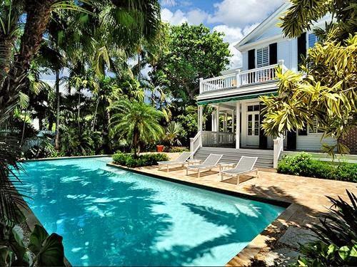 desain kolam renang yang menakjubkan rumah idamanku