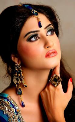 Sajal Ali Pictures