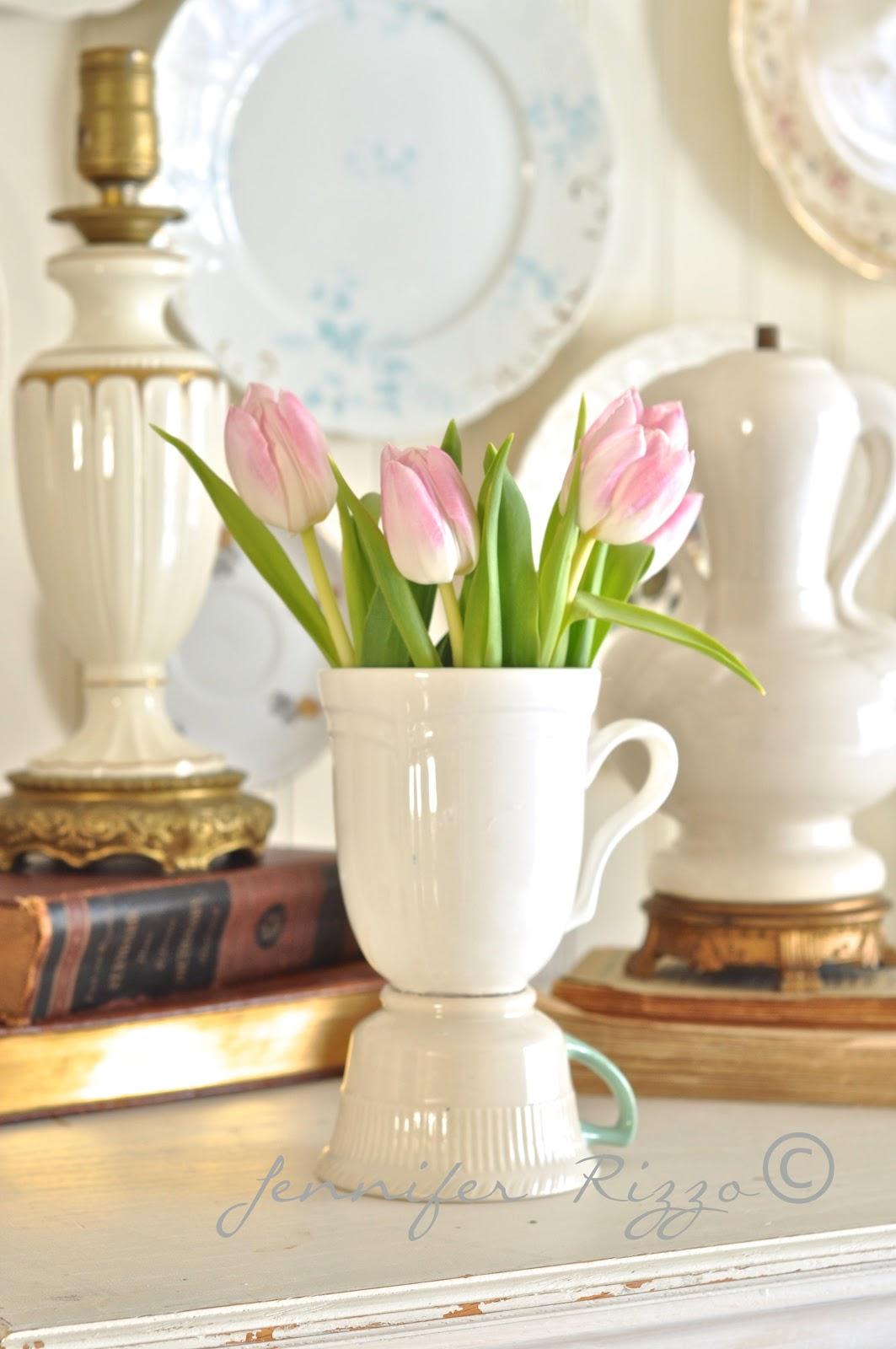 Make a vintage tea cup vase...... - Jennifer Rizzo