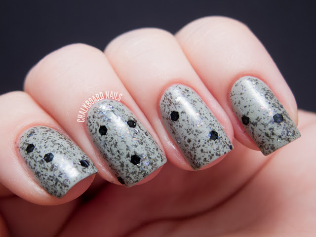 Chalkboard Nails: Pretty and Polished 7 Year Lich