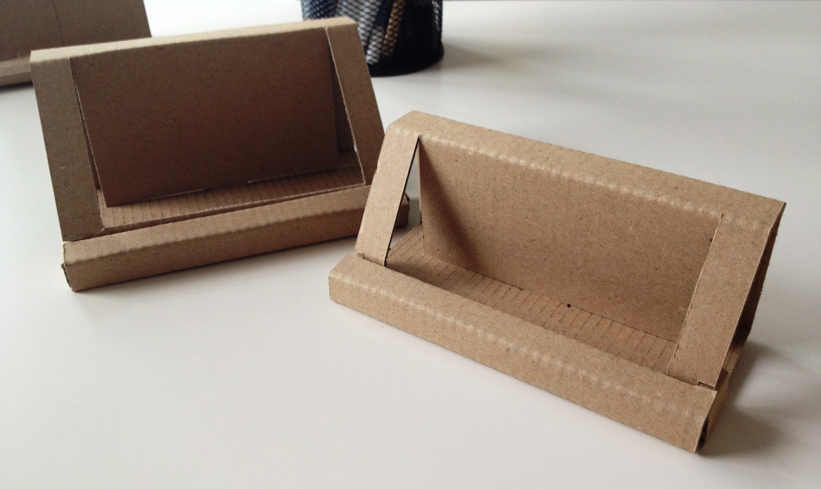 Runaway prototype design cardboard business card holder reloaded cardboard business card holder reloaded flashek Image collections